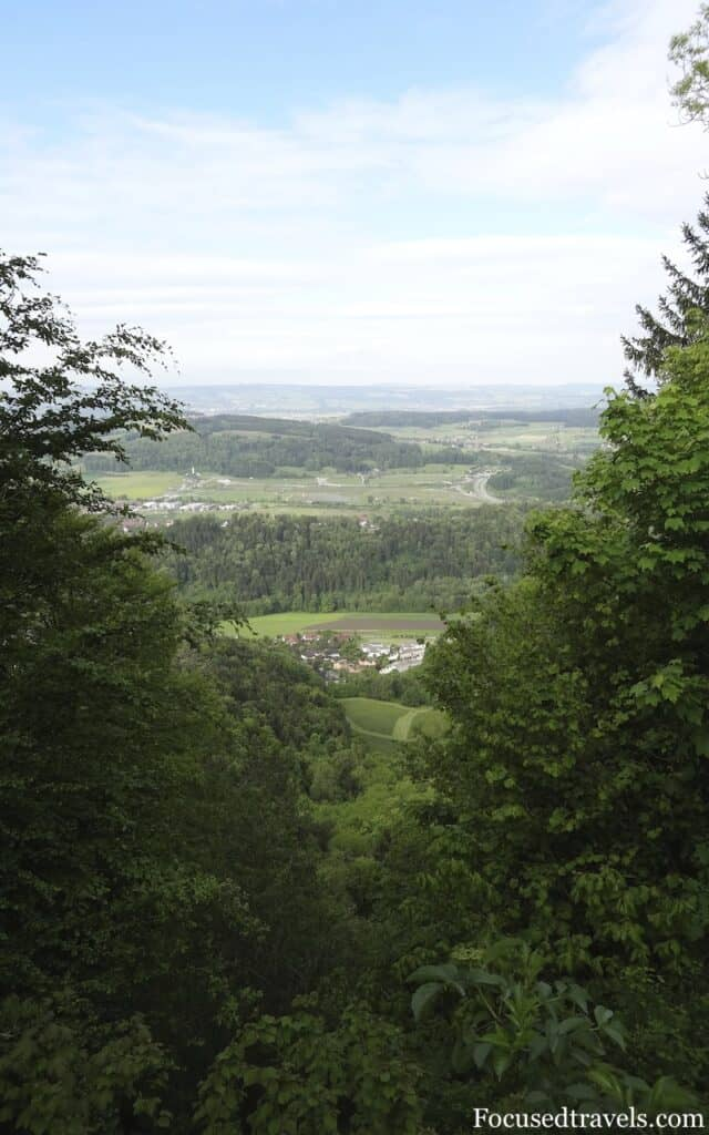 The view from the footpath on the way to Uetliberg