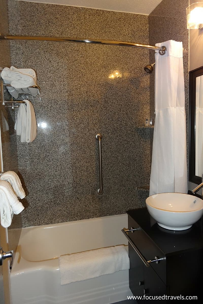 Bathroom in the Capitol Hill Hotel Washington
