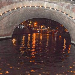 Canal tour of Amsterdam: seeing the city in the dark