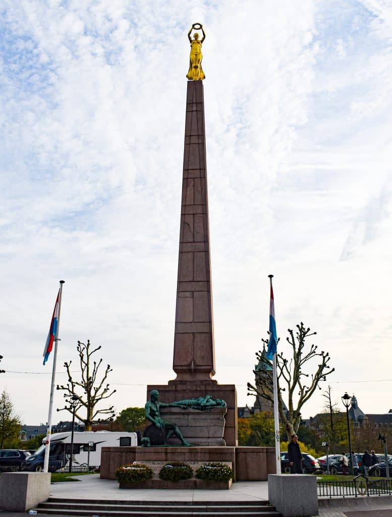 Gëlle Fra - Monument of Rememberance Luxembourg City