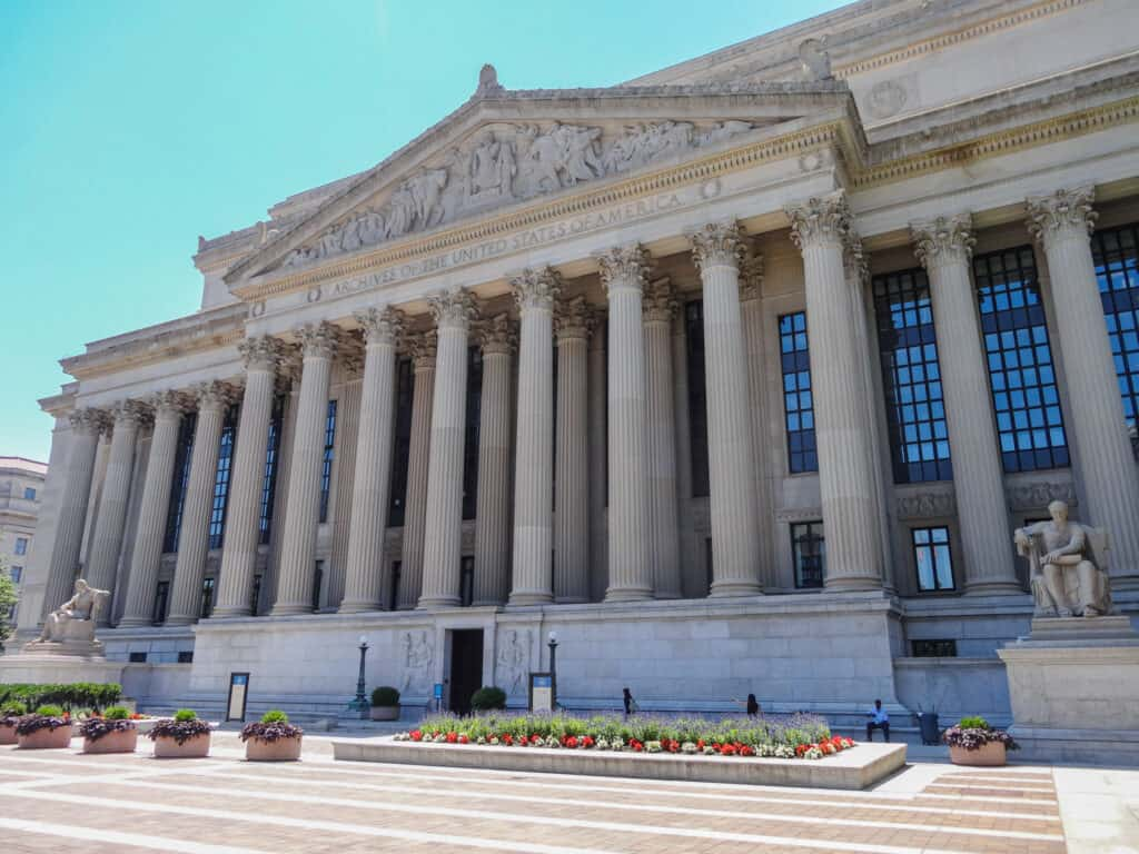 National Mall in Washington - National Archives Museum